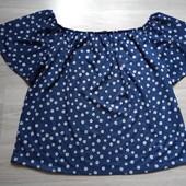 Фирменная новая красивая трикотажная блуза в ромашку р.20-24