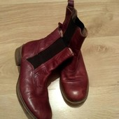 Шикарные кожаные фирменные 40р.