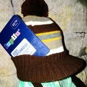 Модная шапка с козырьком