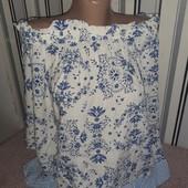 Блуза з відкритими плечами на гарні форми M&S, розмір22(пог70)