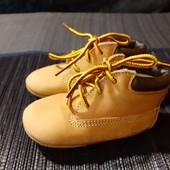 Рыжие ботинки-пинетки из нат. кожи Timberland, разм. 18,5 (12,5 см ст.) Сост. отличное!