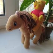 Классная лошадка с Пухом