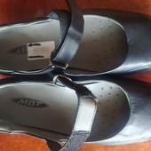 Качественные кожаные туфли бренд MBT