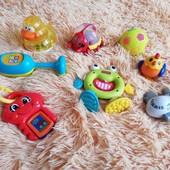 Фирменные игрушки погремушки