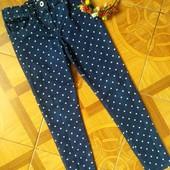 Фирменные джинсы F&F для девочки 8-9 лет в идеальном состоянии. Сезон весна-лето.