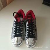 Крутые кроссовки серебро Польша (Voice) 39 р