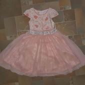 Нарядное платье на рост 104-110 см