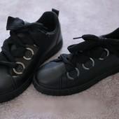 Стильные женские кроссовки 41 р