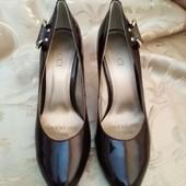 Шикарные женские туфли лодочки Gucci. Размер 36 - 23.5 см.