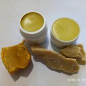 Натуральный питательный крем для увядшей и сухой кожи.