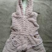 Шикарная жилетка для малышки.
