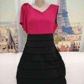 Чёрно-красное платье с одним рукавом, Enfocus studio, размер L - XL.