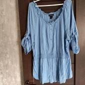 Фирменная красивая блуза в отличном состоянии р.22-26