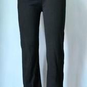Женские трикотажные спортивные штаны с карманами. размер 2xl, примерно на 46-48.