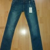 Много лотов,собирайте)женские стильные джинсы с заниженной стадией (размер 27)