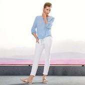 Стильные белые джинсы с вышивкой Тchibo Германия, размер 44 евро (наш 50)