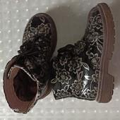 Ботинки для девочки, 30 размер стелька 19 см