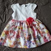 Очень красивое фирменное платье р.12-18