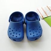 Распродажа!Crocs, оригинал,не упустите шанс, такой цены больше не будет!В подарочной коробке!