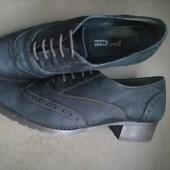 Ботинки туфли с натуральной кожи нубук. Состояние отличное. 40 р