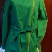 Ярко-зеленая легкая куртка-косуха St-Martins, разм. 38 (М). Сост. очень хорошее!