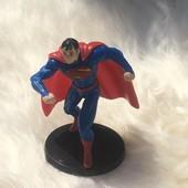 Фирменная новая фигурка Супермена 6см.!!!