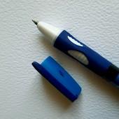 """""""Ручка-самоучка"""" (тренажер). В лоте 2шт. Лоты комбинирую."""