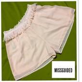 Обалденные розово-персиковые высокие шорты от Missguided(Англия) в состоянии новых.