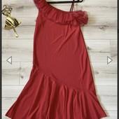 Платье красное 40р Новое