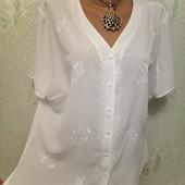 Красивая легенькая нежная блузка рубаха с вышивкой Англия р16 пог 55 Акция читайте.