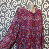 Нарядная, модная блуза-туничка Adolfo Casual для пышненьких девушек . В Новом состоянии.