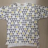 Классная футболка Zara, идеальное состояние, 9 лет