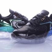 Шикарные кроссовки 39,40р в паетках