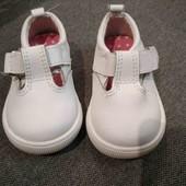 Туфельки-босоножки 17.5 размер