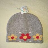 Теплая шапка на 1/2года