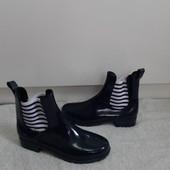 Фирменые Италия резиновые ботинки р 38 сиотрите фото