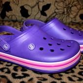 Кроксы унисекс 36 р. Цвет фиолет. в жизни он темнее