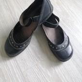 Кожаные туфли. Размер 38.