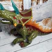 Большой интерактивный динозавр: звуки, ходит, подсветка