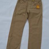 джинси OVS 5-6р., 116см. ( на 1 штанці прокручений шов, фото 2)