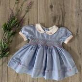 Платье на девочку 0-3 месяца. В отличном состоянии.