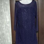 Фирменное красивое платье расшитое пайетками в отличном состоянии р.12-14.