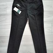 Фирменные новые классические брюки зауженные книзу р.34-31 на пот 43-44см
