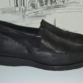 Натуральна шкіра. Туфлі -макасіни M&S 7.5 розмір (наш 42-43)