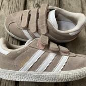 Замшевые кроссовки Adidas оригинал 25 размер стелька 15,5 см