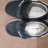 Туфлі темно-сині 25 р.