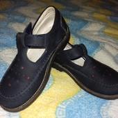 Кожаные туфли 26 р
