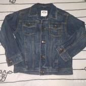 Продам джинсовую куртку Gymboree на рост 135см