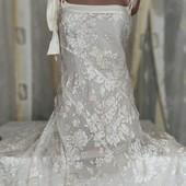 Платье с шелковыми цветами