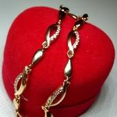 Очень красивый!Позолоченный женский браслет с белыми цирконами(17-19см)
